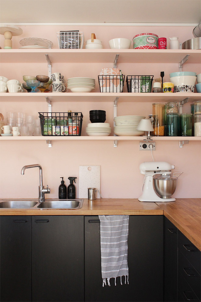 black_pink_kitchen_kettukarkkiblogi